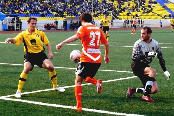 Отчет о матче «Амур-2010» — «Металлург-Кузбасс»