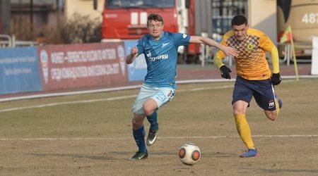 «Луч-Энергия» в первом матче во Владивостоке сыграл вничью с «Зенитом-2»