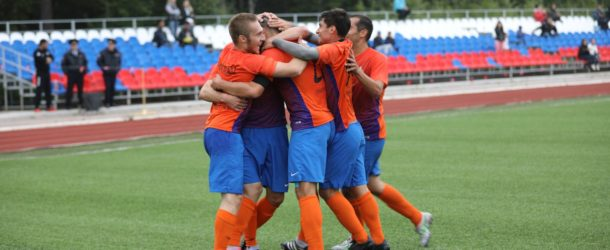 «Ноглики» забили в ворота «РСДЮФШ» 14 безответных мячей и находятся в полушаге от чемпионства