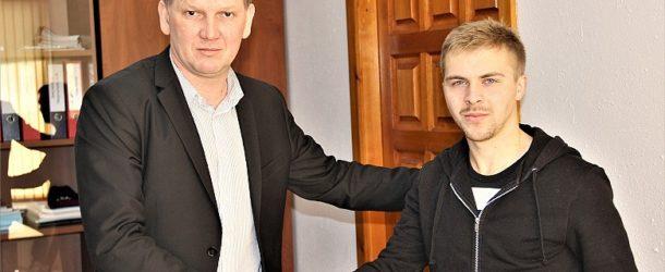 «СКА-Хабаровск» продлил контракт с Максименко