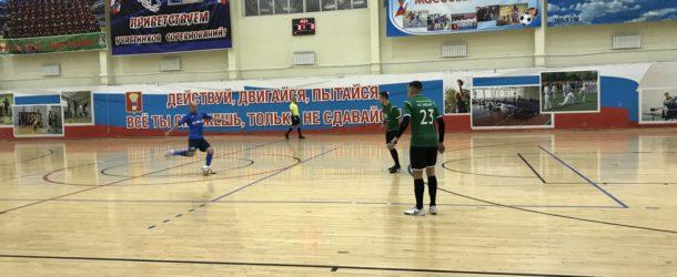 В Уссурийске сыграны первые матчи чемпионата Дальнего Востока по мини-футболу